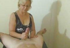 Gadis kecil dengan vagina di kamera. bokep jepang mom son